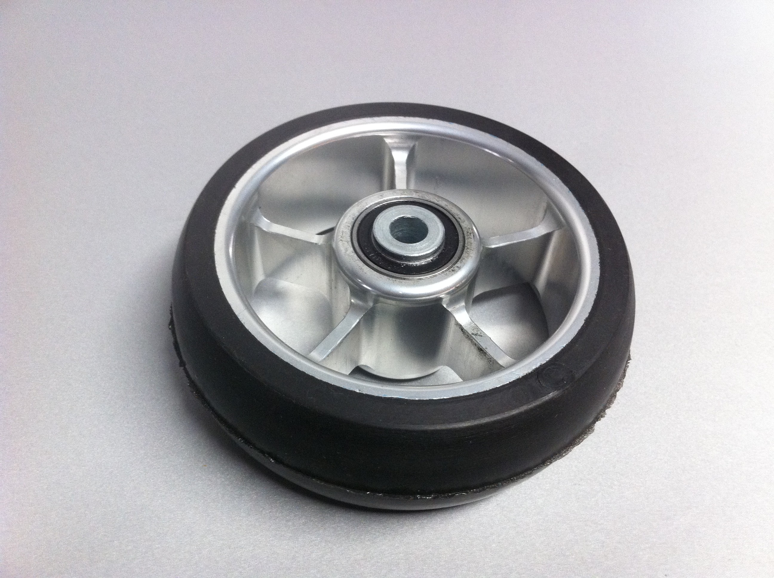 rueda maciza aluminio 4x114 xmm 5 radios stsmedical